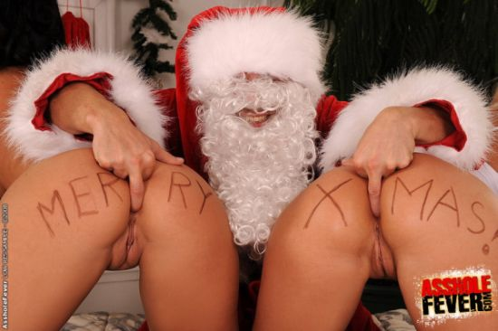 Santa Claus Ass Fingering Two Elves